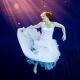 svatebni-saty-foceni-pod-vodou-5445