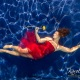 foceni-pod-vodou-moda-zena-v-vsatech-5722