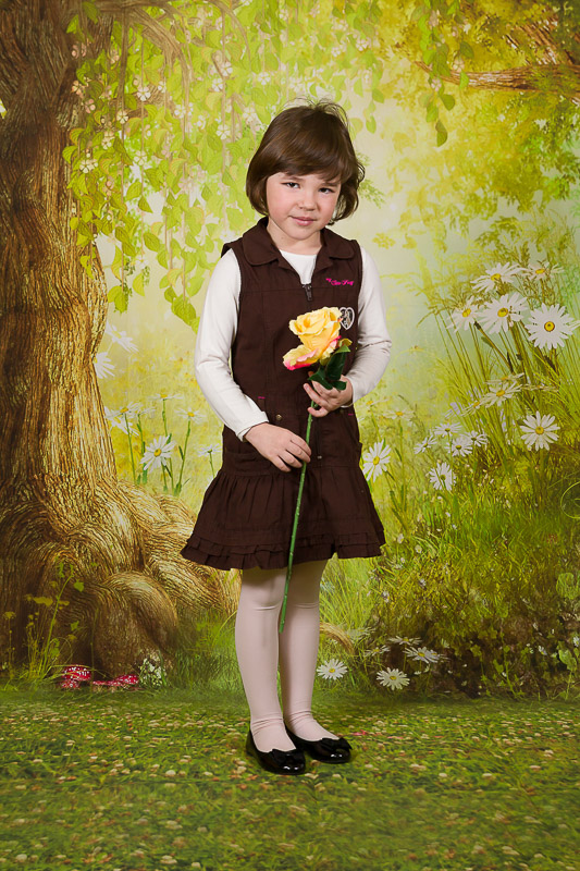 Školní focení lesní zákoutí celá postava portrét mateřská základní škola-4