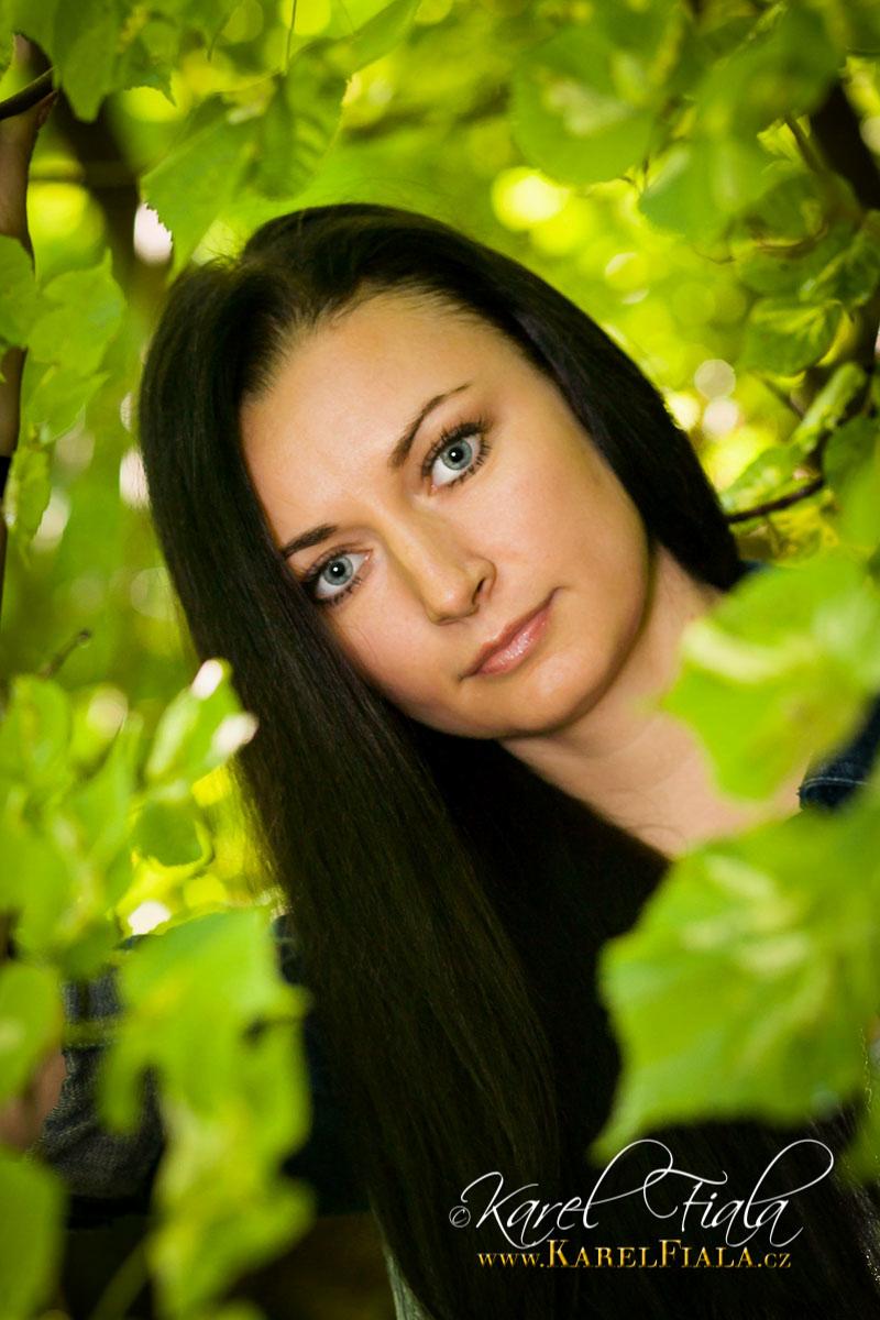 rodinne-foceni-v-prirode-portret-atelier-tablo-akt-nude-21