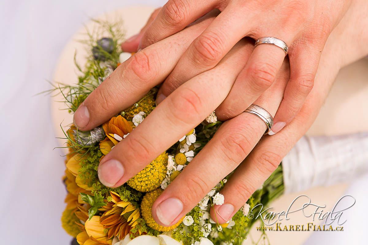 Svatebni-fotografie-svatba-fotograf-velke-mezirici-vysocina-merin-trebic-jihlava-4