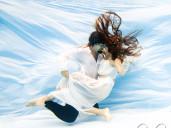 svatební foto pod vodou
