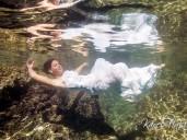 podvodní fotograf nevěsta v moři