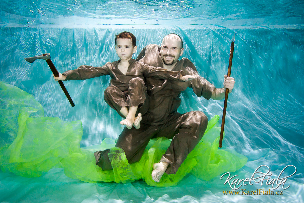 Rodinné a dětské focení pod vodou v baby klubu